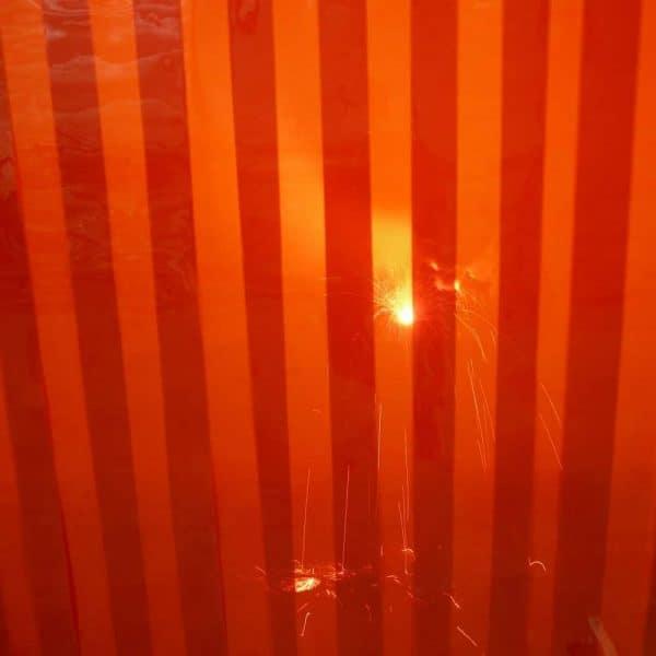 Schweisslamellen Rot Detail